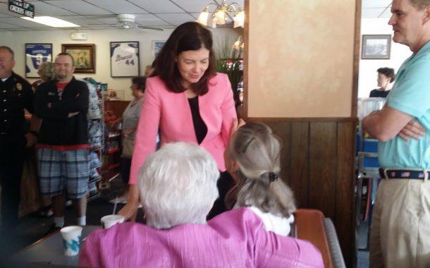 Ayotte Visits Newport