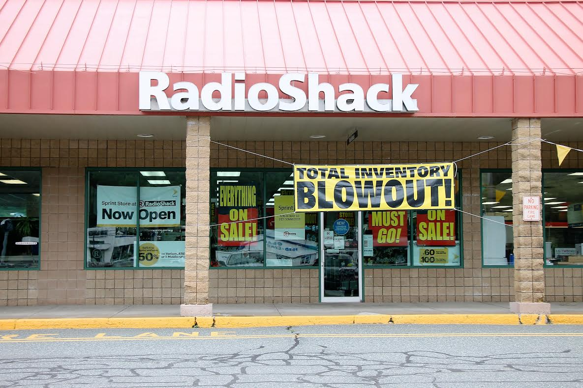Claremont RadioShack To Close