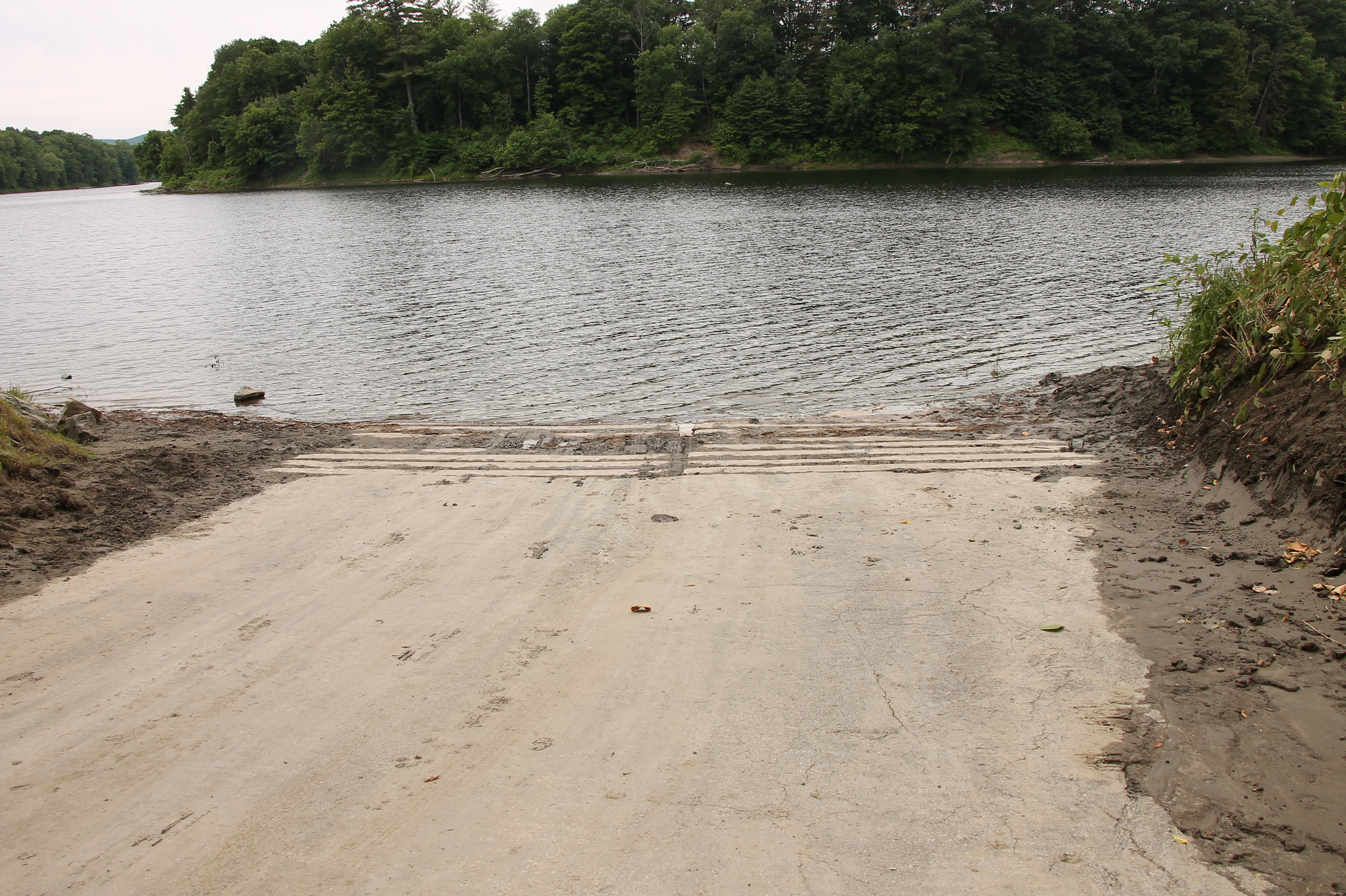Ashley Ferry Boat Landing Cleared of Silt...